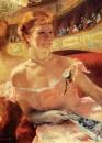 Дама в жемчужном ожерелье в ложе