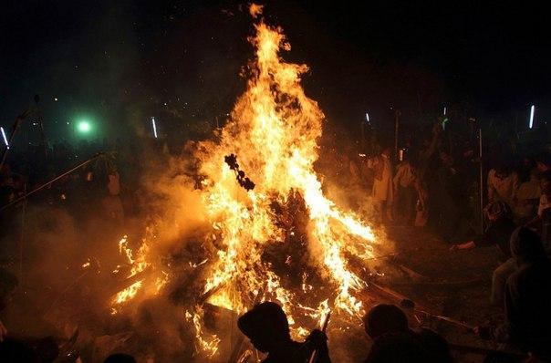 сожжение изваяний