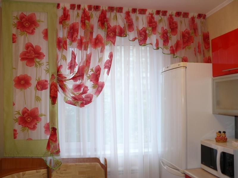 Какие можно сшить шторы для кухни 13