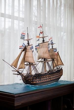 Модель английского 100-пушечного корабля