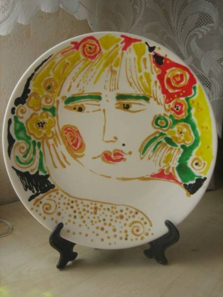 Тарелочка с портретом незнакомки