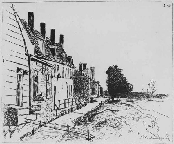 Дома на берегу канала