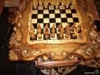 шахматный стол резной с фигурами