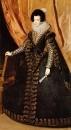 Queen_Isabel_Standing